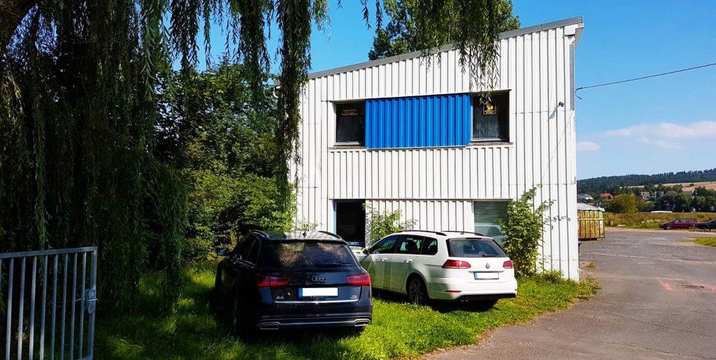 Bürogebäude, Tiefenort